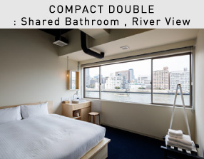 COMPACT DOUBLE: Shared Bathroom , River View